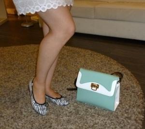 Bailarinas de cebra y bolso retro aqua de Pepe Moll_3